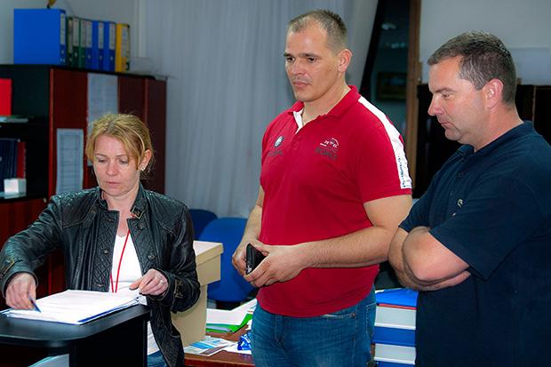 Dalibor Marić (crvena majica)