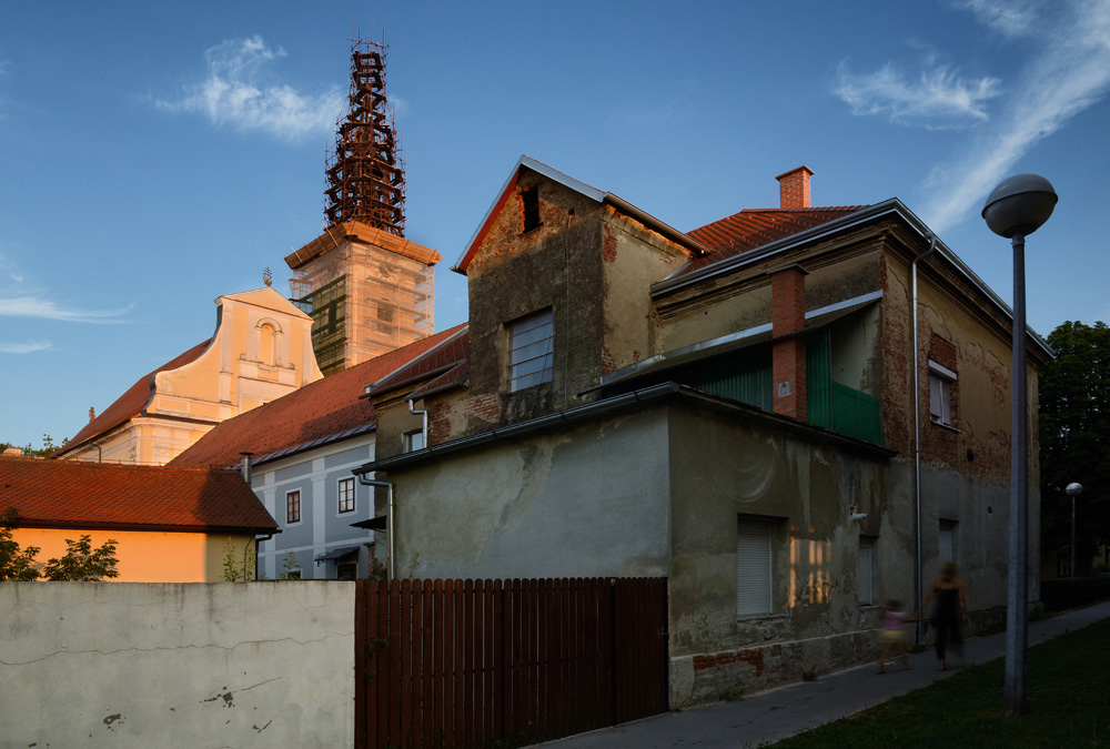 Instalacija, Oliver Bešić